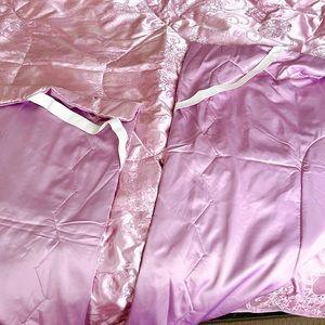 Set of four silk blankets